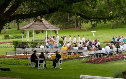 Outdoor Wedding Things To Consider